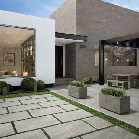 Patio Dark Grey Wall and Light Grey Floor